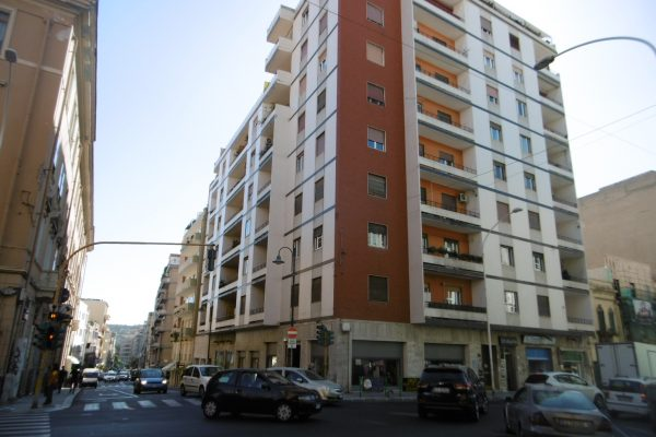 Via Alghero rifinito ufficio mq. 70
