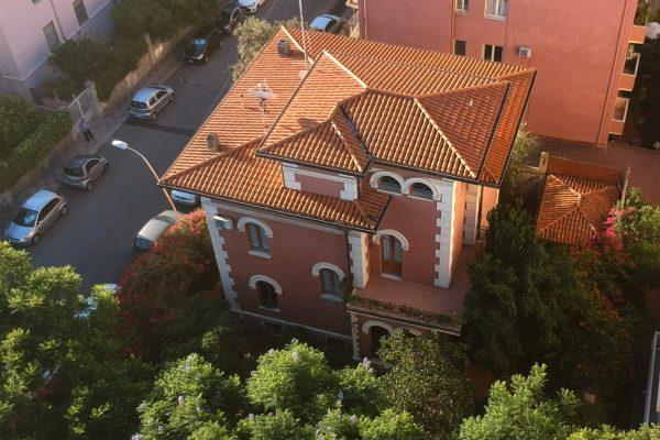Via Milano villa unifamiliare stile Liberty quadrilivelli