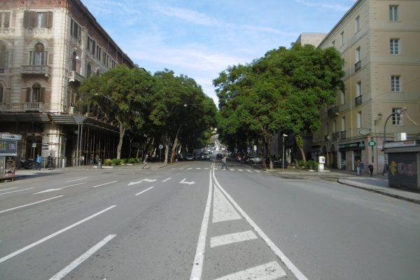 Largo Carlo Felice  locale commerciale